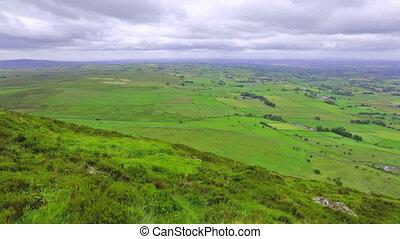 panoramische ansicht, von, slemish, berg, grafschaft,...
