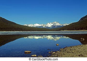 panoramische mening, op, canadees rockies, bergen