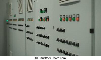 panowanie, szary, gładko, losy, wielki, przenosić, switches., pikolak, ściana, aparat fotograficzny, wyposażenie, factory., wzdłuż, elektronowa poduszeczka