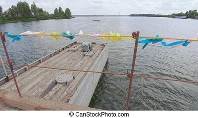 pantone, sur, rivière, pont