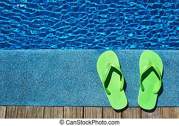 pantuflas, piscina, natación