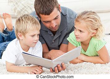 papá, leer un libro, con, el suyo, niño