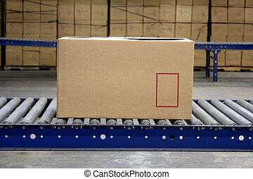 papírová krabice, dopravník