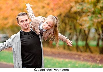 papa, beau, famille, avoir, automne, amusement, jour, gosse