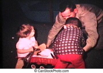 papa, gosses, jeux, intérieur, (1966)