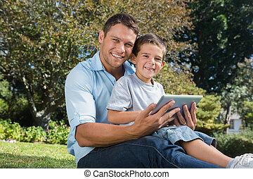 papa, pc, heureux, tablette, fils