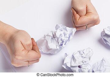 papel arrugado, pedazo