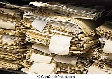 papel, documentos, apilado, en, archivo
