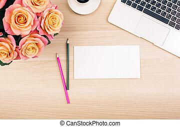 papier, blumen, schreibtisch