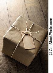 papier, brun, a mûri, vide, ficelle, étiquette, paquet