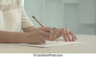 papier, crayon, écriture femme