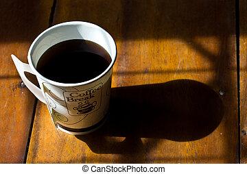 papier, tasse café noir, sur, table bois