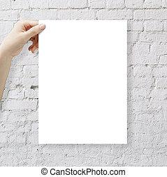 papier, tenant mains