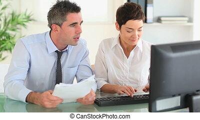 papiers, businesspartners