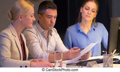 papiers, informatique, bureau affaires, équipe