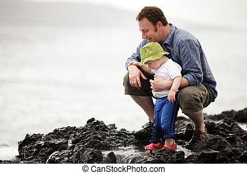 pappa, litet, vandrande, ocean, utomhus, son