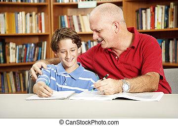 pappa och son, in, bibliotek