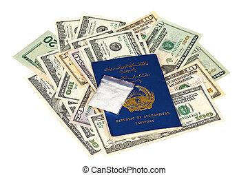 paquete,  U,  S, dólares, droga, pasaporte, afgano, encima