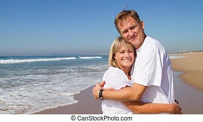 par abraçando, ligado, praia