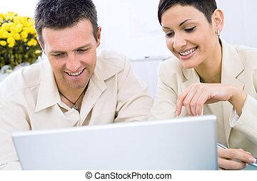 par, affär, arbete