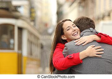 par, amor, encontro, abraçando