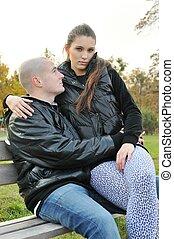 par, amor, jovem, ao ar livre