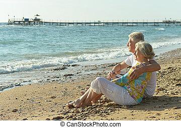 par ancião, ligado, praia