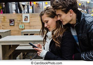 par, användande, rörlig telefonera, tillsammans