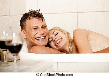 par, banhar-se, feliz