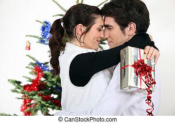 par beija, por, um, árvore natal