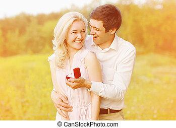 par bueno, anillo, compromiso, boda, -, concepto
