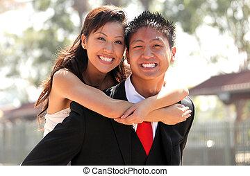 par, casório, jovem, ao ar livre