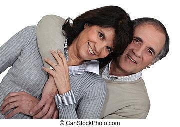 par, casado, abraçando