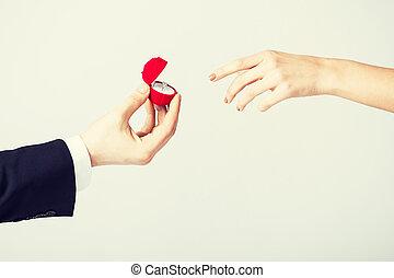 par, com, anel casamento, e, caixa presente