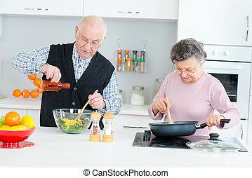 par, cozinhar, idoso