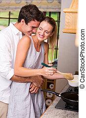 par, cozinhar, jovem, junto