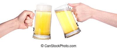 par, de, anteojos de cerveza, con, mano, elaboración,...
