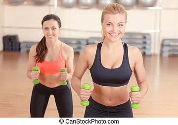 par, de, mulheres, fazendo, pesos, condicão física