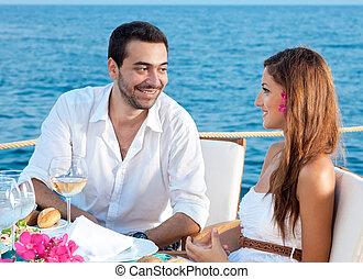 par, desfrutando, refeição, romanticos, jovem