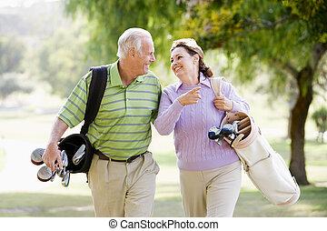 par, desfrutando, um, jogo golfe
