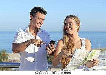 par, diskutera, karta, eller, smartphone, gps, på, semester