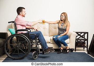 par, fazer, um brinde, com, algum, cerveja