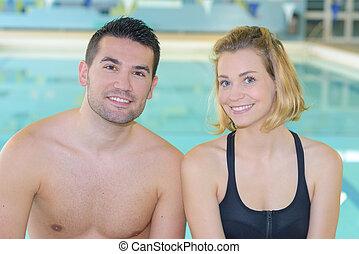 par, feliz, piscina, natação