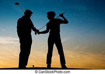 par, golfe jogando, sênior, sunse