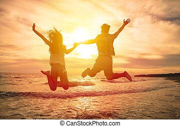 par, hoppning, strand, ung, lycklig