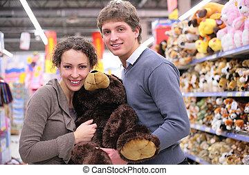 par, in, butik, med, stor, len leksak