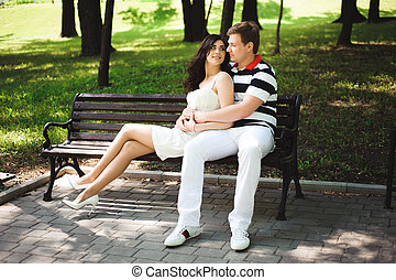par jovem, em, a, parque, em, um, tempo verão