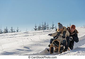 par, jovem, neve, brincalhão, divertimento, tendo