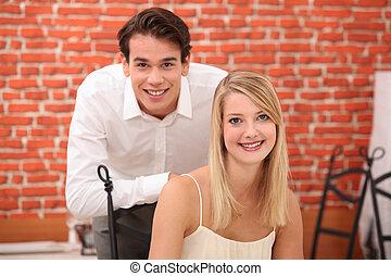 par, jovem, restaurante