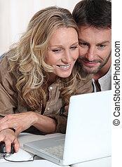 par, ligado, laptop.